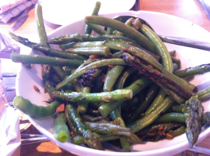 Garlic beans and asparagus